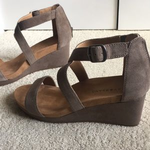 Lucky Brand Shoes - New w/o tagsWomen's Lucky Brand shoes. Size 9.5